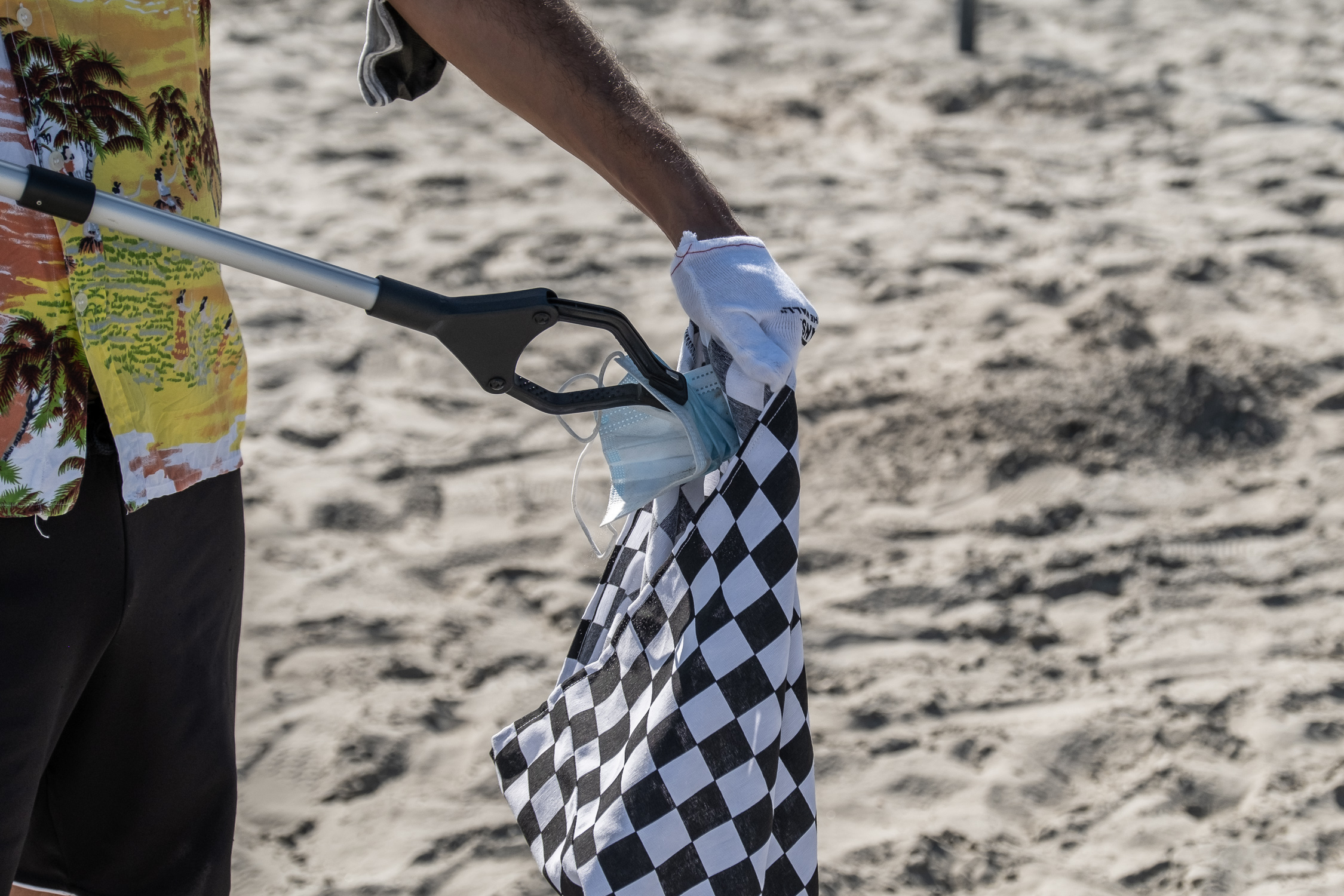 Vans Eco Theory Beach Cleaning - Report