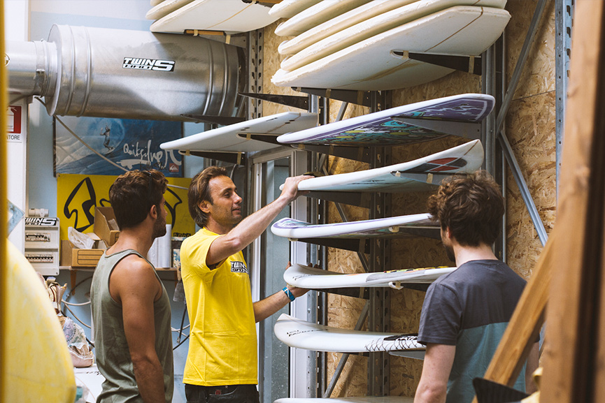 TWINSBROS SURFBOARDS PRESENTS THE FACTORY 2015