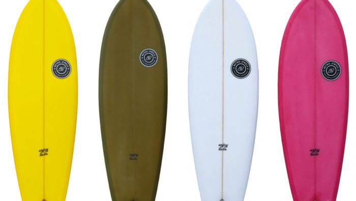 Enjoy Twin by TwinsBros Surfboards in azione