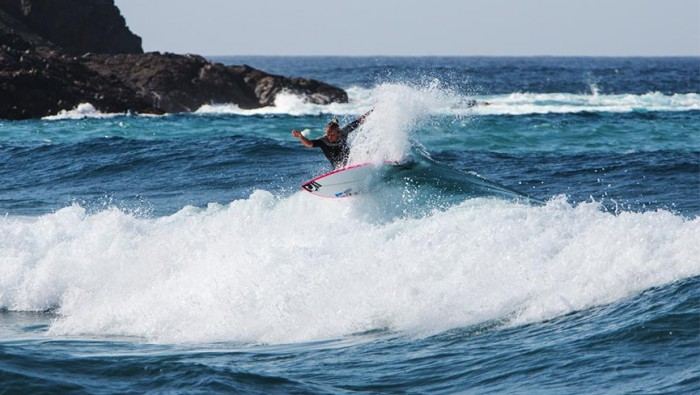 valentina vitale girl surf camp