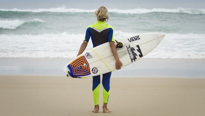 like_teenagers_in_hossegor_vans_surf_culture
