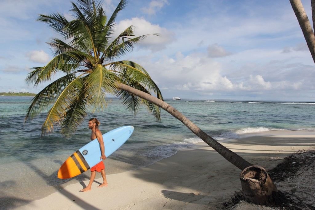 twinsbros_surfboards_blackswan_surfculture