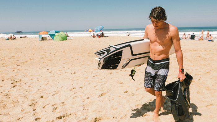 È ufficiale! Leonardo Fioravanti entra nel Circuito Mondiale dei professionisti del surf.