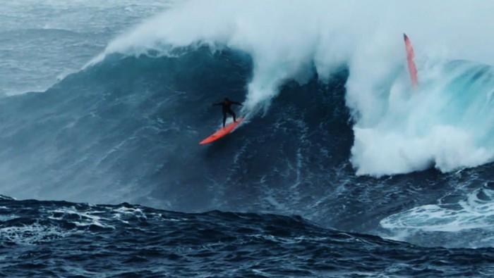 eric rebiere big waves mediterraneo