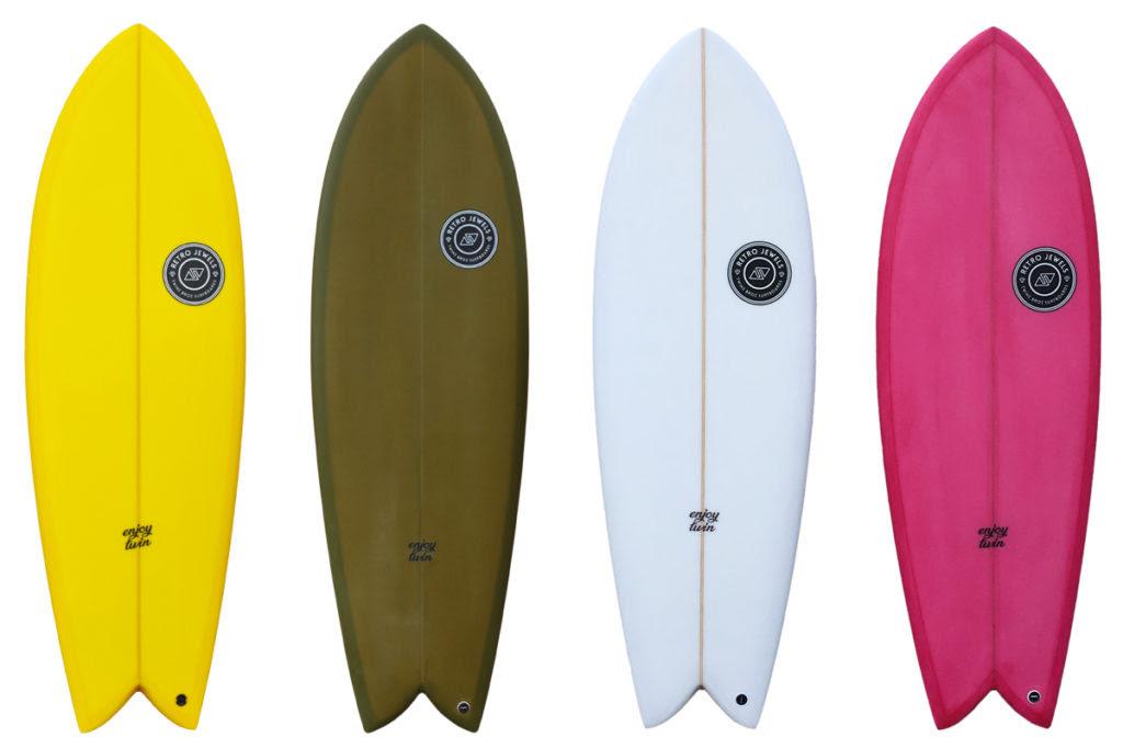 Enjoy Twin by TwinsBros Surfboards in azione